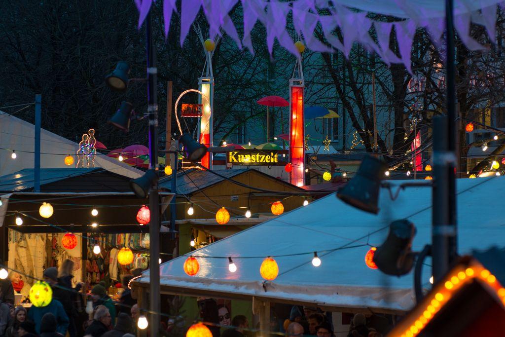 Schwabinger Weihnachtsmarkt  Foto Thomas Giessner-6482